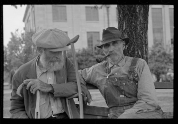Lee, Russell, photographer. Old timers in front of courthouse, San Augustine, Texas. San Augustine Texas, 1939. Apr. Photograph. Retrieved from the Library of Congress, https://www.loc.gov/item/fsa1997025941/PP/. (Accessed November 06, 2017.)